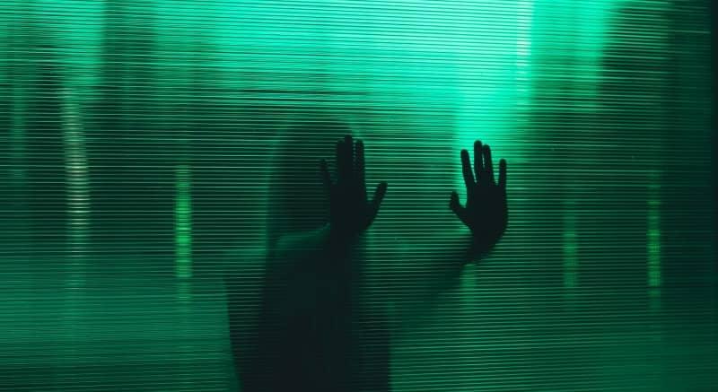 cristal inteligente translucido